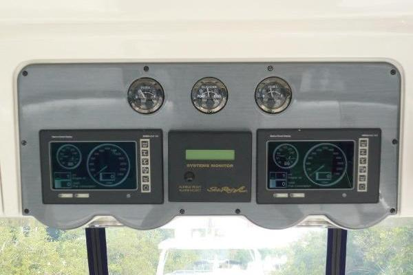 2005 Sea Ray 58' 550 Fab 5 | Picture 1 of 63