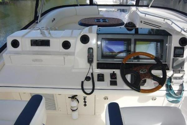 2005 Sea Ray 58' 550 Fab 5 | Picture 7 of 63