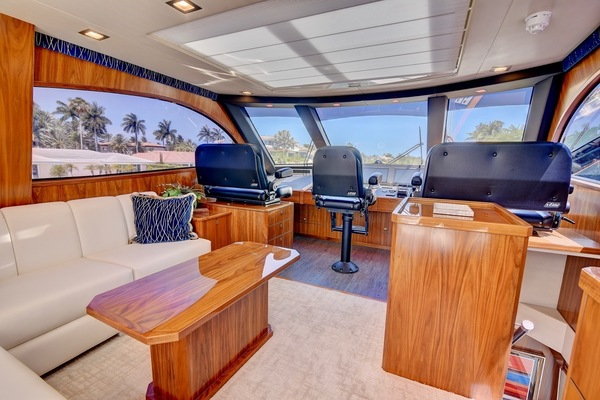 2017 Viking 75' Motor Yacht Neenah | Picture 5 of 69