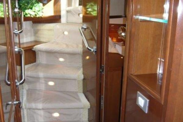 2008 Carver 52' Voyager Queen Gayana | Picture 7 of 87
