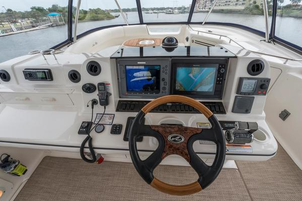 2006 Sea Ray 58' Sedan Bridge About Time      Picture 4 of 45