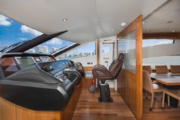 2011 Sunseeker 80' 80 Yacht Morningstar | Picture 3 of 25