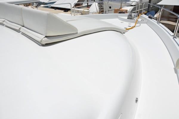 2004 Hatteras 80' Motor Yacht SEA DOZER   Picture 3 of 73
