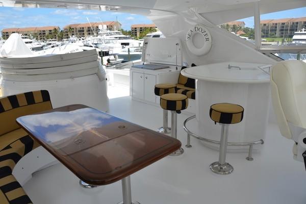 2004 Hatteras 80' Motor Yacht SEA DOZER   Picture 1 of 73