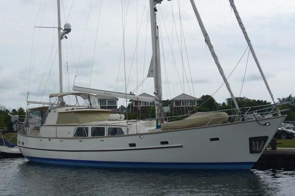 63' Cheoy Lee Pilothouse Motor Sailor 1983 | Beleza