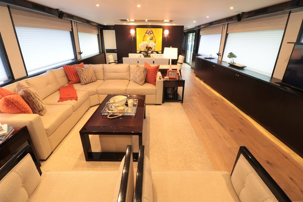 2016 Hatteras 100' 100 RAISED PILOT HOUSE LADY CARMEN | Picture 3 of 100
