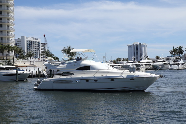 55' Fairline Motor Yacht 2002 | Sea Huntress