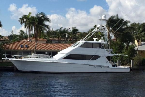 1999 Hatteras 70' Enclosed Flybridge  | Picture 1 of 1