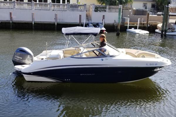 21-ft-Stingray-2017-214 LR- Fort Lauderdale Florida United States  yacht for sale
