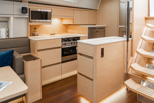 2018 Hanse 54' 548 Catalyst | Picture 7 of 54