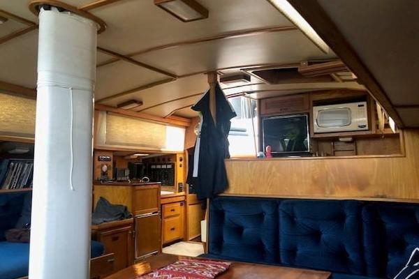 1985 Maple Leaf 56'  BEOWULF | Picture 6 of 20