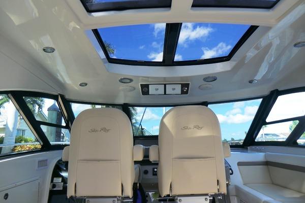 2013 Sea Ray 54' 540 Sundancer Galati Yacht Sales Trade | Picture 8 of 44