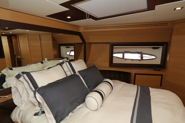 2009 Pershing 72' 72  | Picture 7 of 62