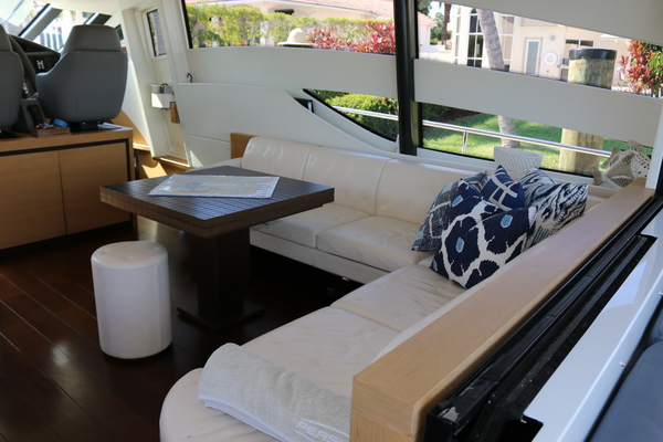 2009 Pershing 72' 72  | Picture 6 of 62