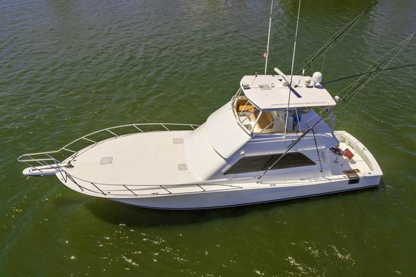 2000 Viking 50' Convertible Pier Pressure | Picture 1 of 42