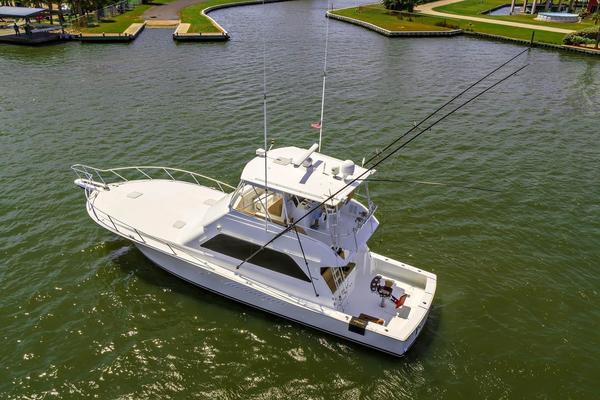 2000 Viking 50' Convertible Pier Pressure | Picture 4 of 42
