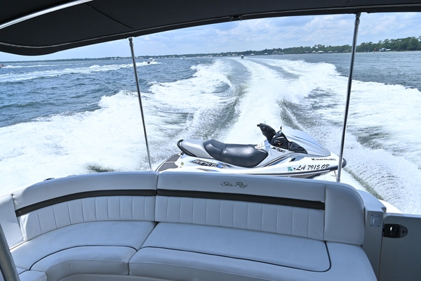 2007 Sea Ray 48' Sundancer Silver Lining | Picture 1 of 33