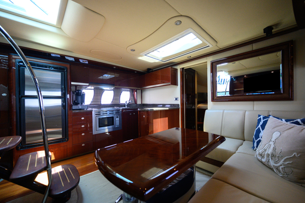 2007 Sea Ray 48' Sundancer Silver Lining | Picture 3 of 33
