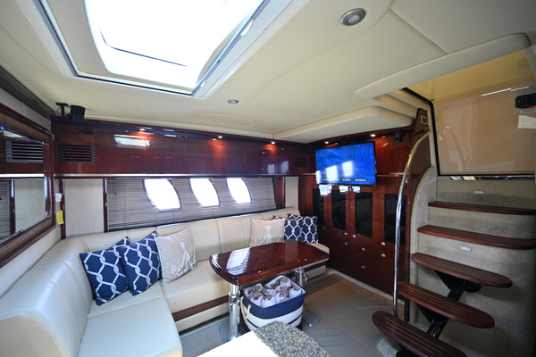 2007 Sea Ray 48' Sundancer Silver Lining | Picture 2 of 33