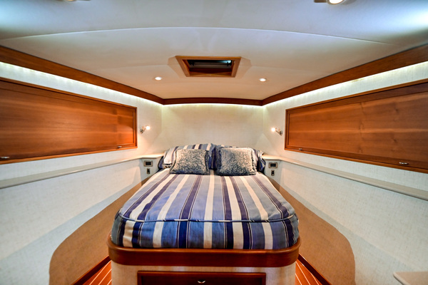 2008 American Marine 48' 48 Convertible Whiskey Blues | Picture 4 of 57
