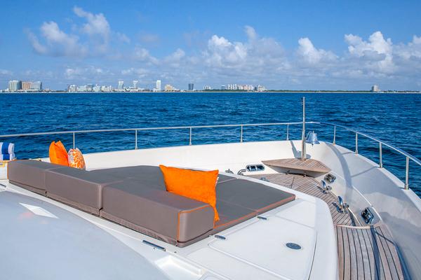 2001 Ferretti Yachts 94 ft  - SEA SPRAY