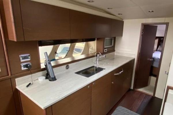 2012 Sea Ray 54' Sundancer 540  | Picture 8 of 13