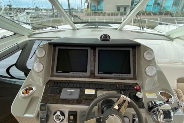 2012 Sea Ray 54' Sundancer 540  | Picture 5 of 13