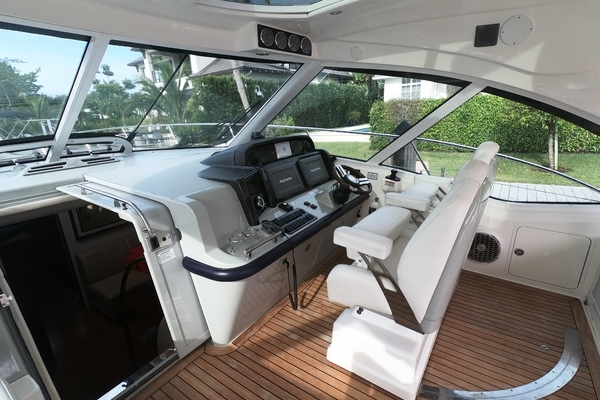2011 Sea Ray 50' 500 Sundancer Ann Christine | Picture 7 of 31