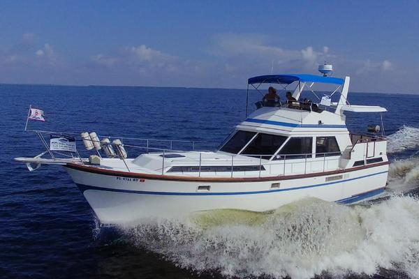 43-ft-President-1986-43 Double Cabin- Punta Gorda Florida United States  yacht for sale