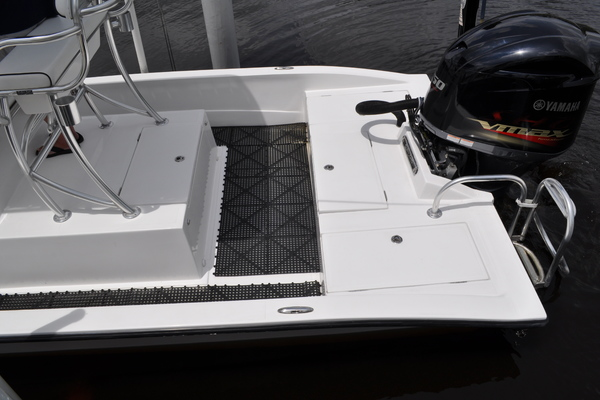 2013Shallow Sport 24 ft 24 Modified V