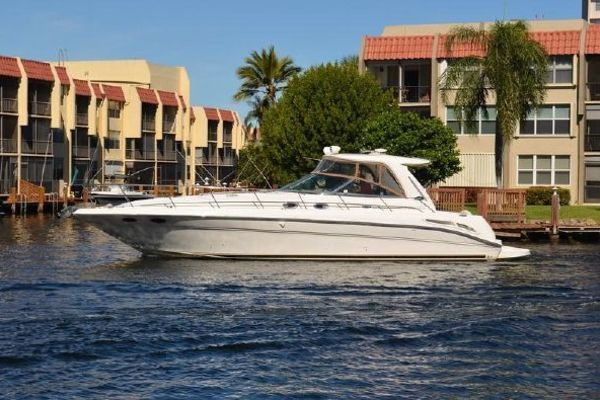 2003Sea Ray 47 ft Express Cruiser