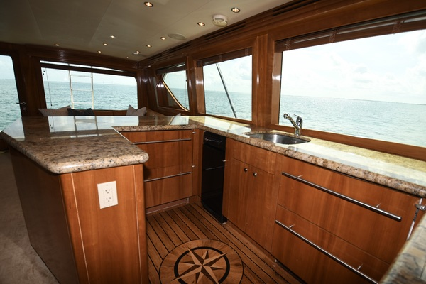 2003 Hatteras 65' 65 Convertible Galati Yacht Sales Trade   Picture 8 of 53