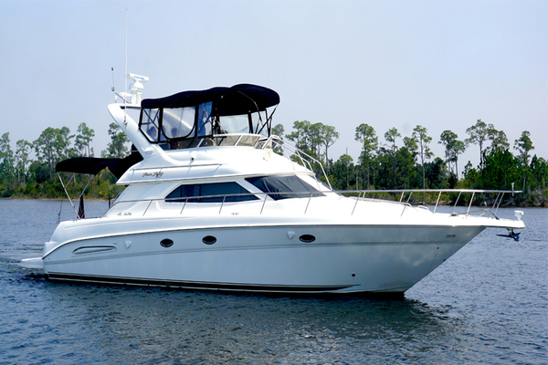 Sea Ray 45 Express