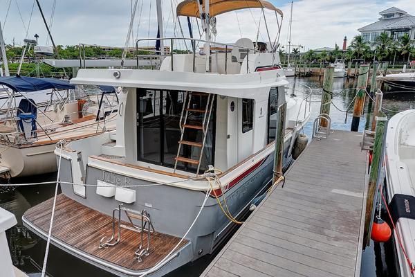 34' Beneteau Swift Trawler 2014 | Julie B