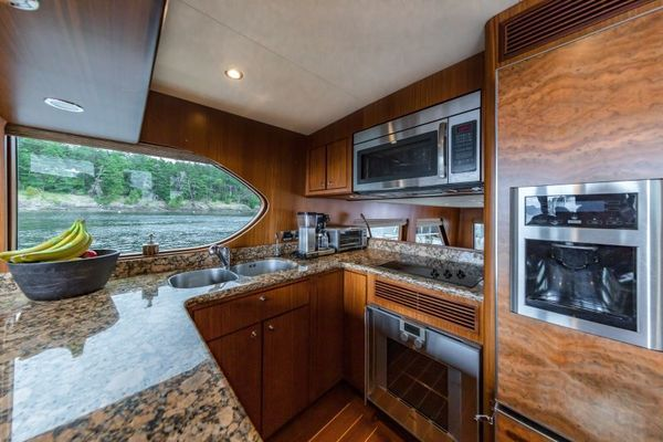 2012 Ocean Alexander 62' 62 Pilothouse COMIN' AROUND | Picture 8 of 39