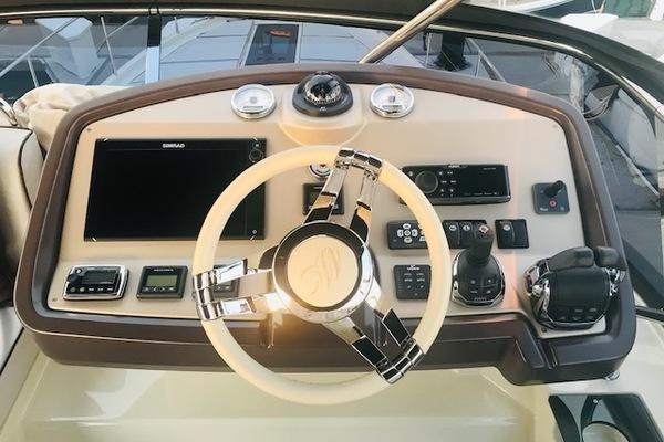 2016 Beneteau 50' MC5 FLYBRIDGE LA BELLA DONNA  | Picture 3 of 50