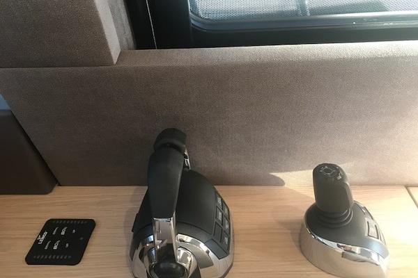 2016 Beneteau 50' MC5 FLYBRIDGE LA BELLA DONNA  | Picture 4 of 50