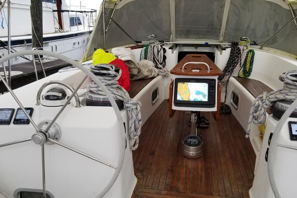 2007 Beneteau 52' 523 FIRST LOVE | Picture 4 of 47