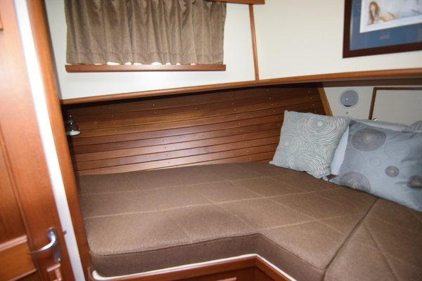 2003 Grand Banks 52' 52 Europa Intermission | Picture 7 of 150