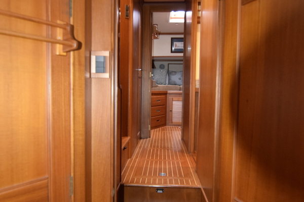 2003 Grand Banks 52' 52 Europa Intermission | Picture 4 of 150