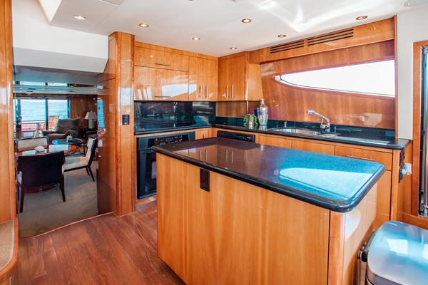 2008 Hatteras 80' 80 Motor Yacht Galati Yacht Sales Trade | Picture 3 of 67