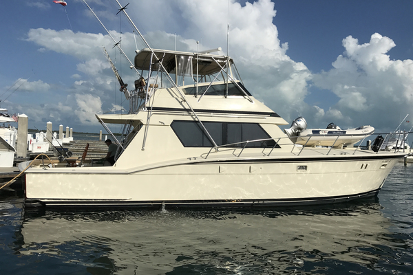 52-ft-Hatteras-1988--FIRST CLASS Fort Lauderdale Florida United States  yacht for sale