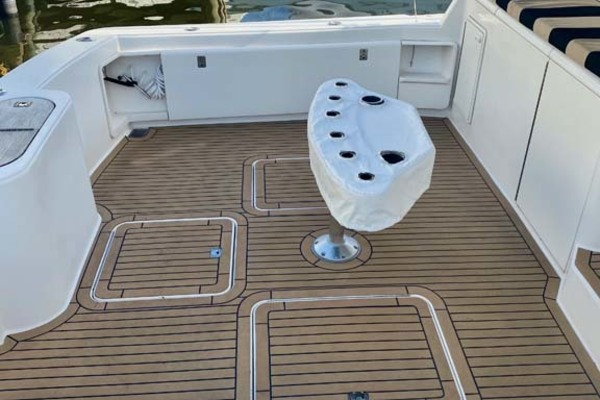 2005 Ocean Yachts 52' 52 SS Whiskey & Wine   Picture 5 of 52