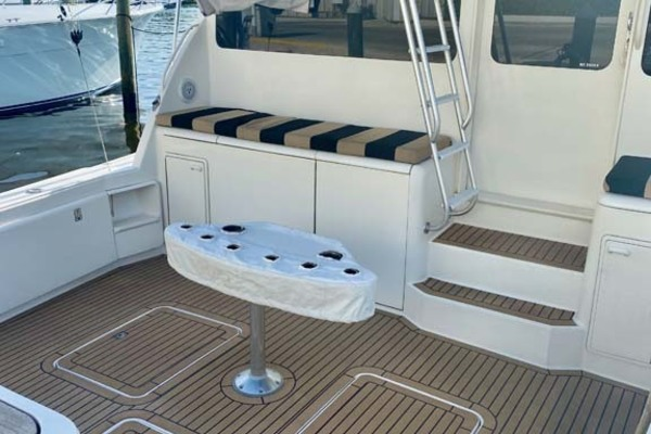 2005 Ocean Yachts 52' 52 SS Whiskey & Wine   Picture 4 of 52
