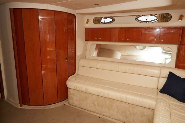 2001 Sea Ray 41' 410 Express Cruiser Yeah Buoy | Picture 8 of 21