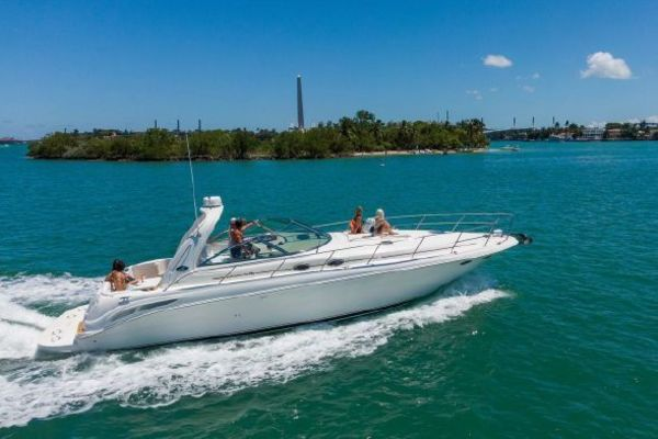 2001 Sea Ray 41' 410 Express Cruiser Yeah Buoy | Picture 1 of 21