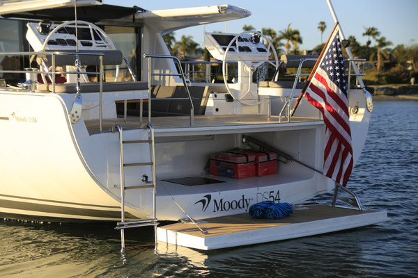 2016 Moody 56' 54 Deck Saloon Yvonne Louise | Picture 2 of 2