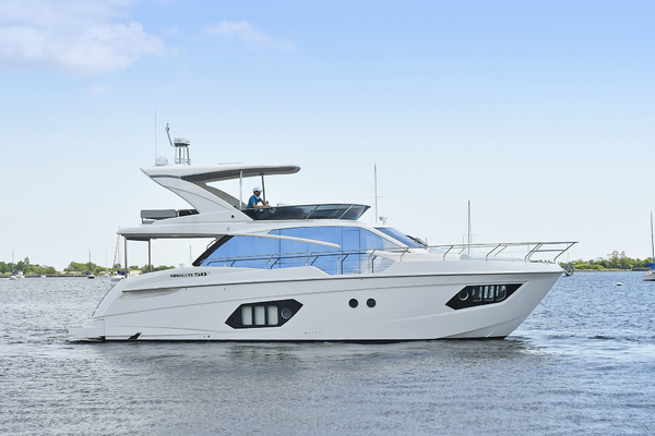 2019 Absolute 50' Fly   | Picture 4 of 57