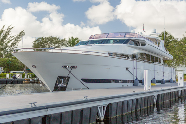 105-ft-Horizon-2002--Mr. Cat Fort Lauderdale Florida United States  yacht for sale