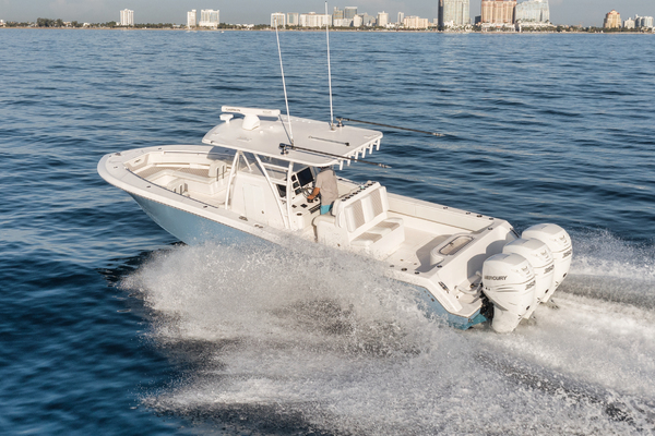 2020 Invincible 36' 36 Open Fisherman Tender   Picture 8 of 42